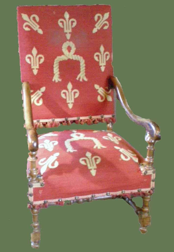 Fauteuil orne de la cordeliere Roquefeuil